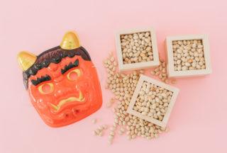 節分にヒイラギ、イワシ、豆を使うのはなぜ? 悪魔退治の世界スタンダードとは
